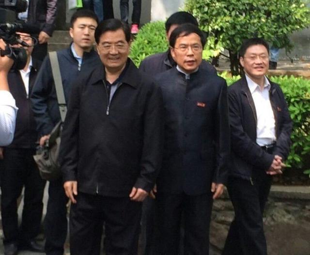 揭秘老常委退休生活:多数喜欢出书旅游(1/32) - 顺天 - wangziwenbj 的博客