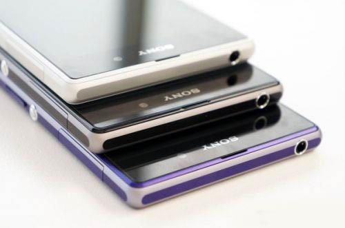索尼旗舰智能手机xperia z1高清图片