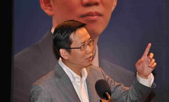 吴晓波在做演讲