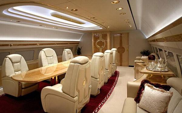 【私机大揭秘】豪华私人飞机的内部软装究竟长啥样?