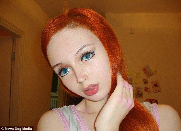 乌克兰再现16岁真人芭比 自称没动过刀
