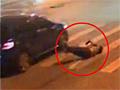 贵州男子找茬踢车门 被司机暴打后撞死