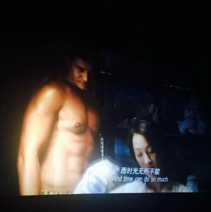 黄晓明新片半裸秀身材 女友:画面太美我不敢看(图)