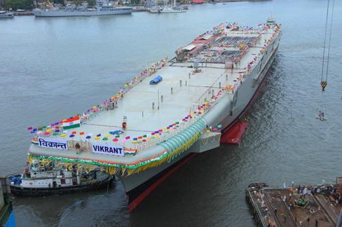 中国建2艘4万吨航母 游乐场改改就行高清图片