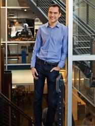 Airbnb联合创始人 Nathan