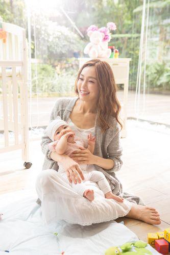 """[明星爆料]范玮琪提前为儿子挑老婆 问女婴""""要不要相亲"""""""