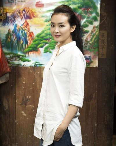 王艳否认拍电影炫富:只为给孩子一个体验