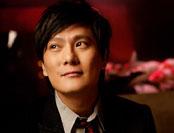 张信哲:在海外竞拍龙袍收藏品 被骗百万