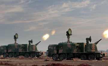 中国王牌高炮团装备陆盾2000 配合HQ-64火力凶悍