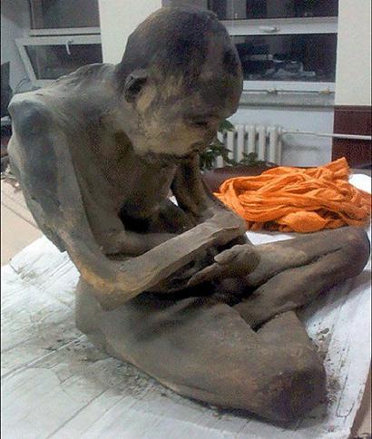蒙古发现200岁和尚肉身仍在打坐或还活着 - 妙音 - 妙音的博客
