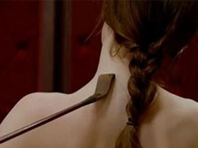 """现实版""""五十度灰"""":总经理拘禁女孩玩性虐"""