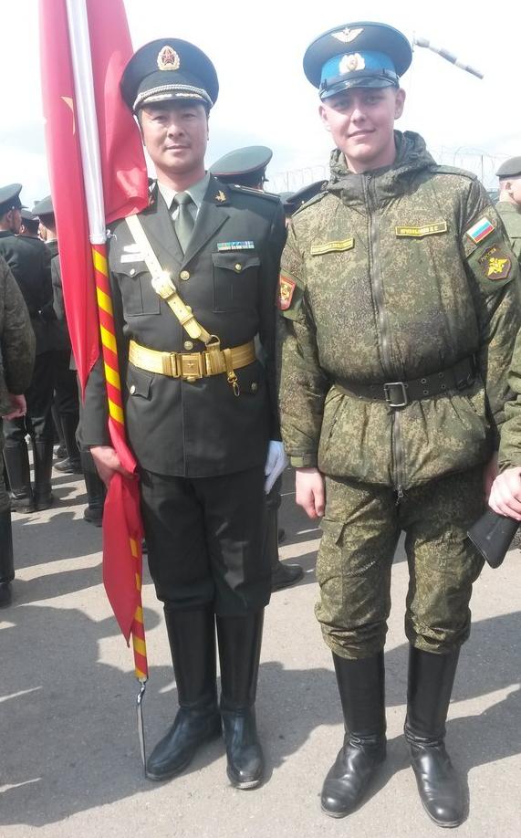 中国仪仗队抵达俄罗斯 T14带领受阅装备深夜就位2015.4.29 - fpdlgswmx - fpdlgswmx的博客