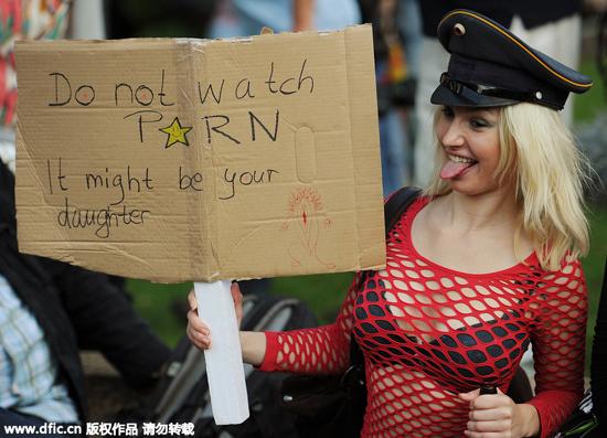 丝袜荡妇妓女小�_2011年德国举行\