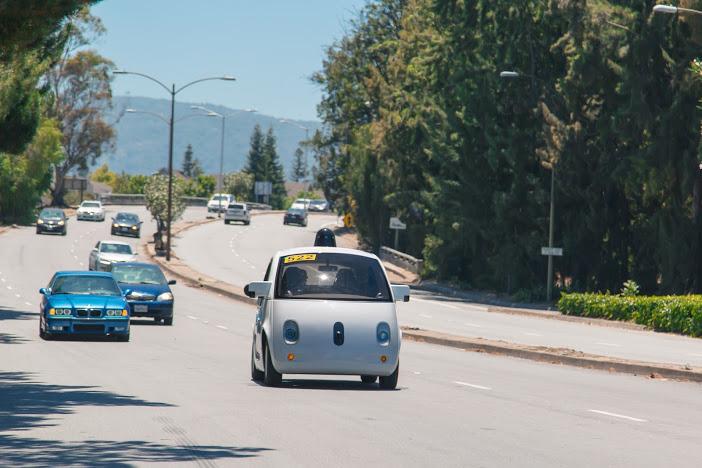 谷歌无人驾驶汽车又有新车型 已在加州上路测试高清图片