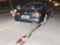 男子被绑脚遭越野车拖行 一路是血当场毙命