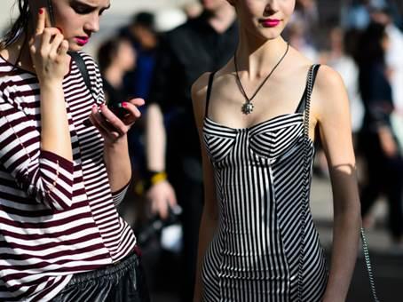不忘看妆 巴黎高定时装周上YSL小心机
