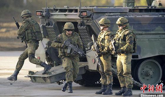 德国国防军正在训练.(资料图)