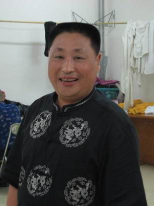 【爆料】他是被赵本山力捧的开山大弟子,当红时却因病去世