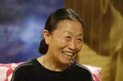 [明星爆料]她曾被李安相中,80岁却仍住40平米小房
