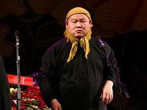 """岳云鹏: """"娘""""只是表演方式"""