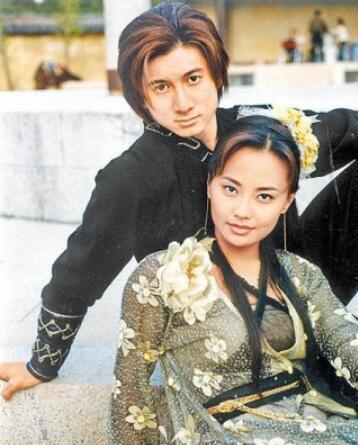 [明星爆料]马雅舒曝5克拉婚戒去向 称早已还给前夫吴奇隆