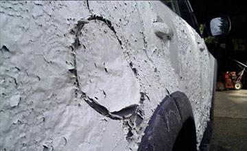 男子将新买的SUV停在路边 第二天一看内心都崩溃了