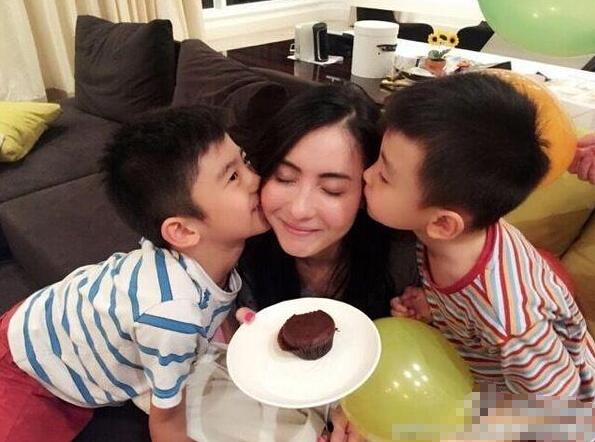 娱乐圈单亲妈妈:张柏芝坚强 董洁疑遭前夫质疑 [有看点]