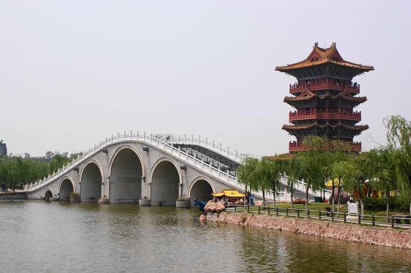 中华民族艺术之瑰宝的《清明上河图》复原再现的大型宋代历史文图片