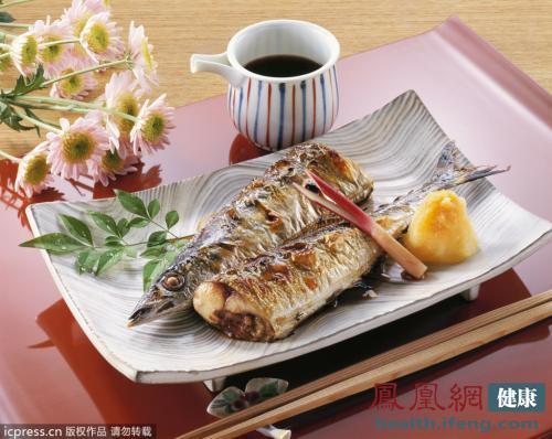 空腹吃鱼致痛风 4大吃鱼方法害死你