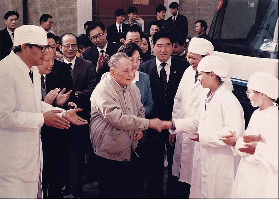 中共改革八贤:贫穷不是社会主义
