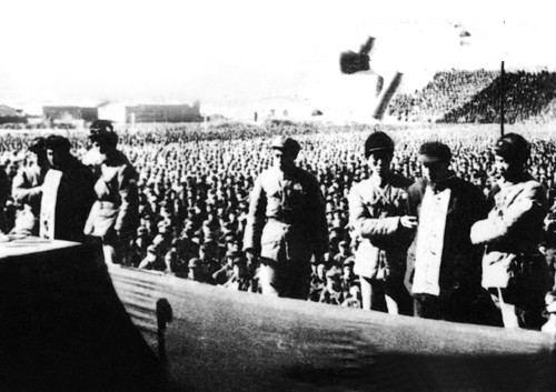 在公审大会召开之前,曾有高级干部考虑到刘、张两人在战争年代出图片