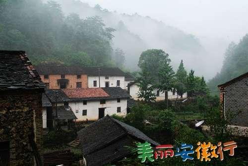 """朱备镇是池州市青阳县的一个新兴生态旅游观光小集镇,有""""九华山大东门"""