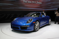 保时捷将推911 Targa新车型 日内瓦发布