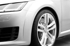 新一代奥迪TT预告图 日内瓦车展发布