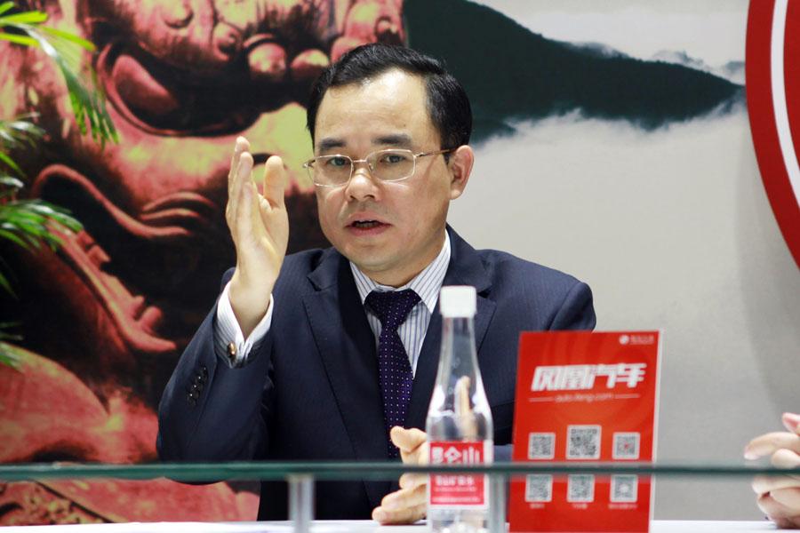 长安朱华荣:自主现在谈高端还远远不够