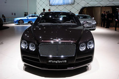 2014北京车展:宾利飞驰V8正式发布销售