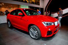 车展引领新车型流行色 今年主打中国红