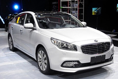 起亚K4成都车展首发 9月1日正式上市