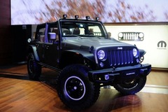 Jeep推牧马人Stealth概念车 2.8T动力