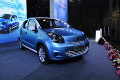 众泰云100纯电动车上市 售15.89万元