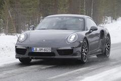 新款保时捷911 Turbo S谍照 或9月发布