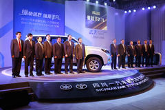 一汽丰田普拉多2.7L下线 今晚将上市
