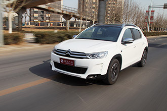 C3-XR 1.6THP自动旗舰 小型SUV新军