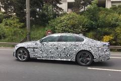 疑似捷豹XFL长轴距车型首曝 或明年发布