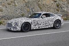 梅赛德斯AMG GT曝路试谍照 动力升级