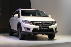 2015中国汽车年度超值SUV:东风风神AX3