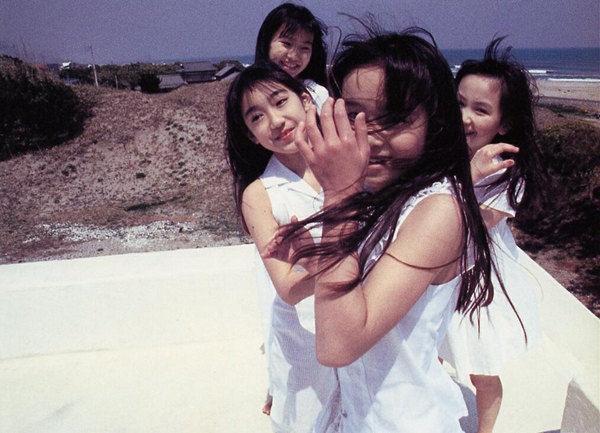 日少女人体摄影惹争议