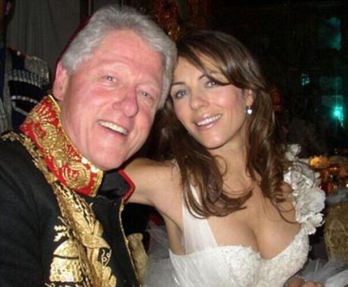"""当地时间2014年2月,美国前总统克林顿被爆在总统任期内曾与英国超模伊丽莎白-赫莉私下""""交往""""超过1年。但不到24小时,此事就峰回路转,爆料人男星汤姆-赛斯摩主动承认""""说了谎""""。伊丽莎白-赫莉也在社交网站上辟谣并表示将用法律手段予以还击。"""