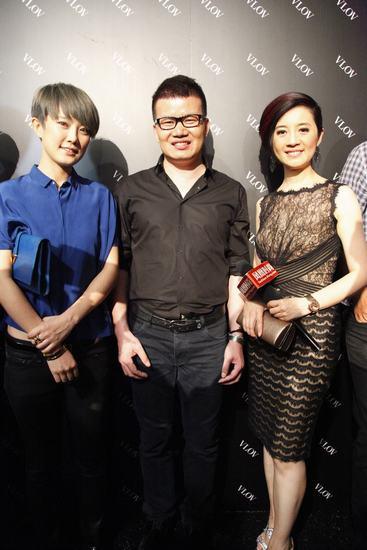 左起:明星刘力扬,中国设计师吴青青,凤凰卫视主持人许戈辉