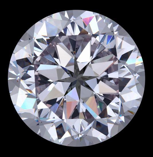 多面切割令钻石折射出美丽的光芒